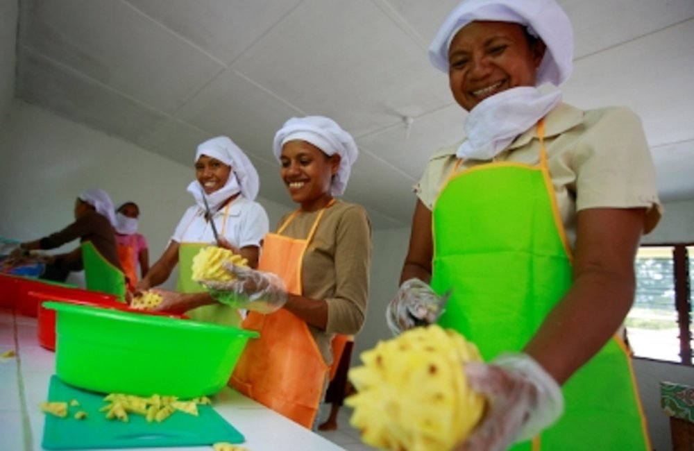 Rural women contribute to economic growth and poverty reduction in Timor-Leste. The photo shows wome