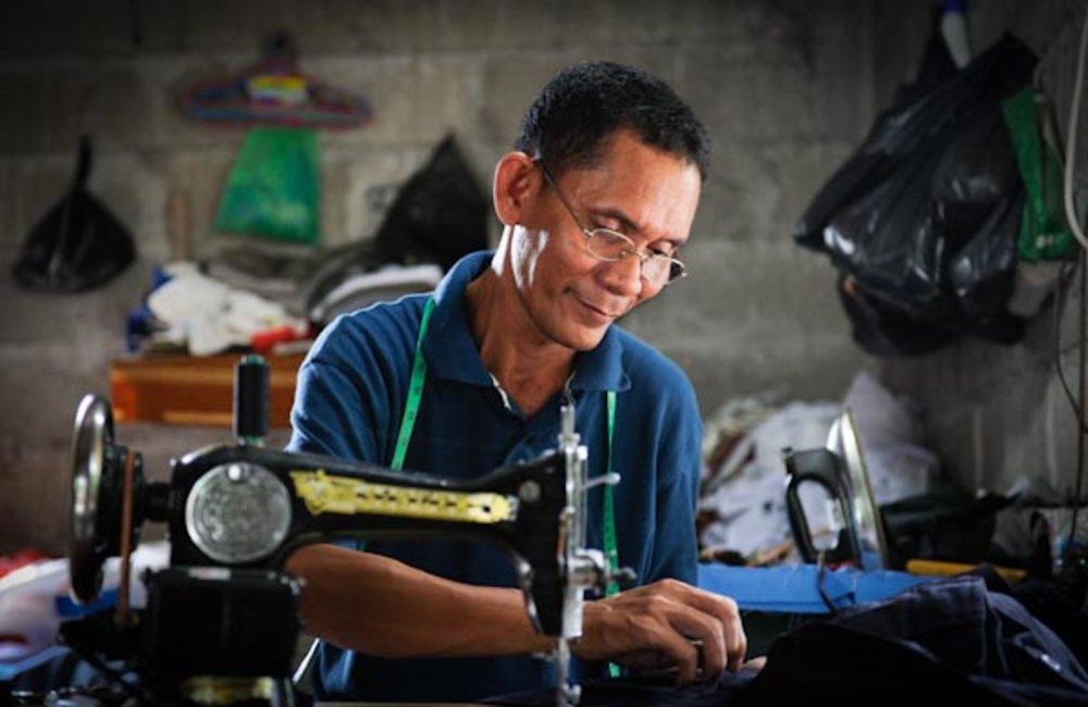 Rafael Kali from Mascarenhas has been a tailor for almost 20 years. Photo by UNMIT/Bernardino Soares