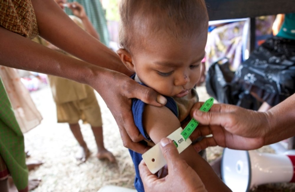 Timorese and Cuban doctors tested for malaria, administered vaccines and delivered medicine to 618 m